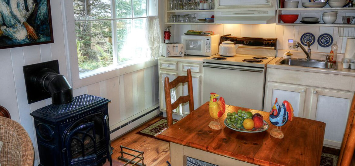 dining area at our vacation rentals near Bar Harbor